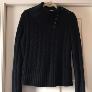 Beautiful VGUC Banana Republic cable knit sweater